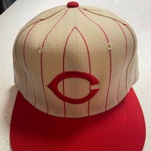 New Era 7 1/8 vintage Cincinnati Reds hat men's